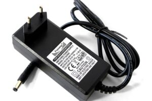 Зарядно устройство за li-ion 3s-3a